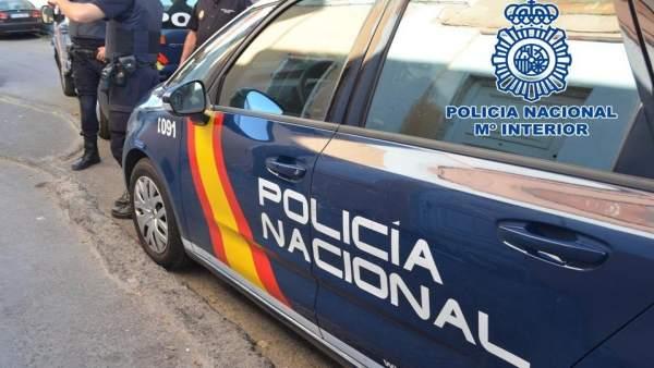 Sucesos.- Detenido tras pedir una moneda a un hombre y robarle la cartera en Las Palmas de Gran Canaria