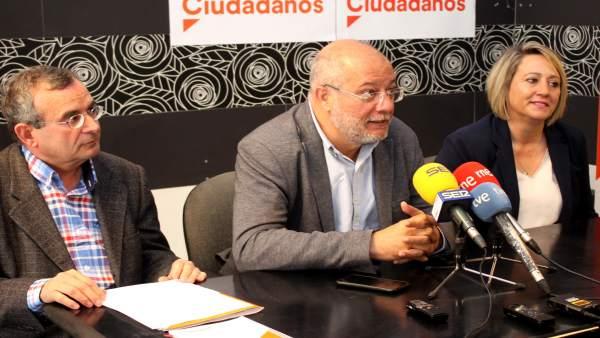 Francisco Igea arranca en Soria una campaña marcada por el 'objetivo del cambio' en Castilla y León