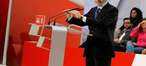 Cádiz.- El PSOE expresa su 'profunda conmoción' por la muerte de Rubalcaba, que fuera diputado por Cádiz