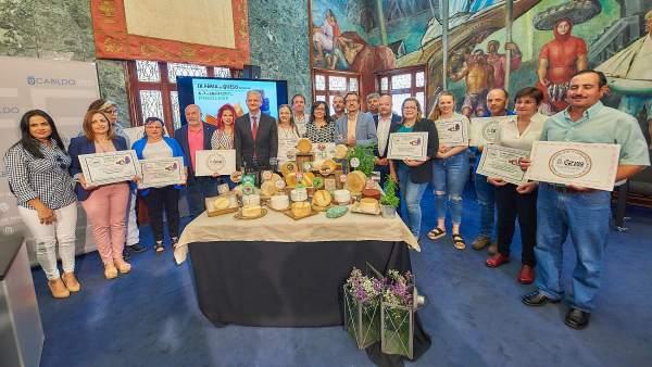 El queso curado de mezcla untado en gofio de la quesería Montesdeoca, el mejor de Tenerife