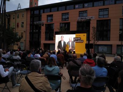 Junqueras y Romeva piden apoyo a ERC en un vídeo: 'Que no nos falte ningún voto'.