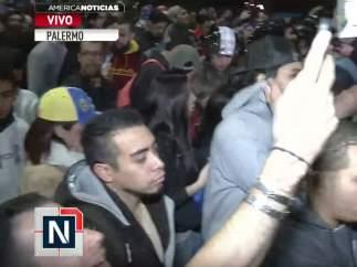 Manifestaciones en la embajada de Venezuela en Buenos Aires