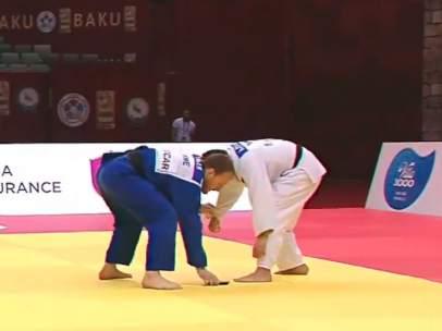 Judoka descalificado porque se le cae el móvil