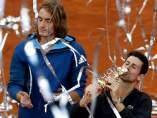 Tsitsipas y Djokovic