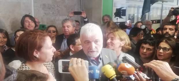 26A.- Matamala Irá Al Senado Para 'La Libertad De Los Presos Y La Vuelta De Los Exiliados'