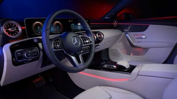 Caen las ventas de Mercedes Benz Cars en abril.