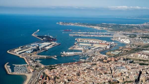 El Puerto de Tarragona presenta su plan de autoprotección y emergencia