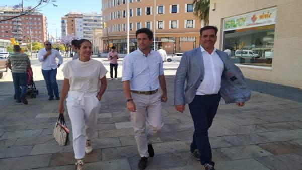 Huelva.-26M.- El candidato de Cs respalda las movilizaciones de los vecinos del Barrio de Pescadería