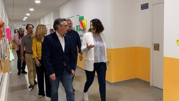 26M.- Beamonte (PP) Alude A La Libertad, La Calidad Y El Diálogo Para Construir El Modelo Educativo Aragonés