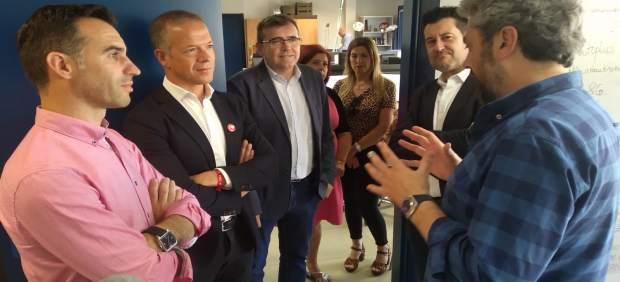 Granada.- 26M.- Ander Gil arropa al candidato socialista de Churriana de la Vega, que 'será el próximo alcalde'