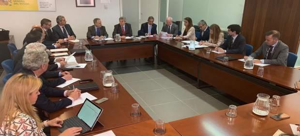 Cádiz.-Puertos.-Autoridades tratan el futuro del puerto de Algeciras y soluciones parael Puesto de Inspección Fronterizo