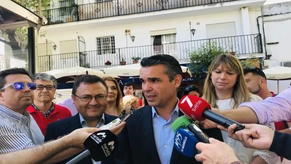 Málaga.- 26M.- Bernal (PSOE) se compromete a devolver las obras a los barrios de Marbella
