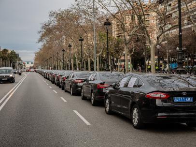Cataluña abre expediente sancionador a Cabify por no cumplir con los 15 minutos de antelación.