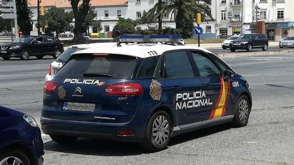 Málaga.- Sucesos.- Detenido por robar en un gimnasio de Mijas después de forzar la puerta con un bolardo