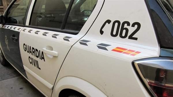 Detenido por narcotráfico un guardia civil jubilado que guardaba varias armas y 350 gramos de explosivos