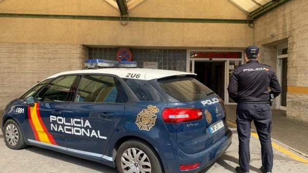 Alicante.- Sucesos.- Detenido un joven por escupir y tratar de agredir a un médico del General que no le hizo una receta