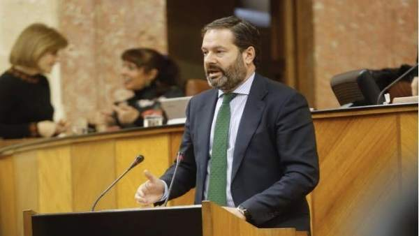 Córdoba.- Molina (PP) valora 'la gestión del gobierno del cambio' para 'descongestionar' expedientes medioambientales