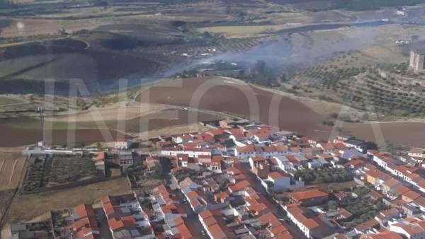 Córdoba.- Sucesos.- Declarado un incendio forestal en un paraje cercano a Belalcázar