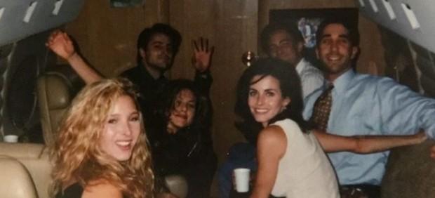 Lisa Kudrow, Jennifer Aniston, Matt LeBlanc, Matthew Perry, David Schwimmer y Courteney Cox en una foto anterior al estreno de 'Friends'