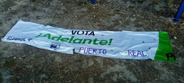 Cádiz.-26M.- Adelante denuncia la destrucción de su publicidad electoral en Puerto Real