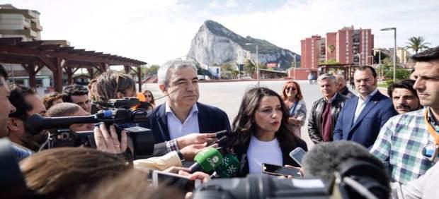 Cádiz.- Arrimadas aboga por un proyecto para La Línea tras el Brexit que 'no solo mire a Gibraltar'