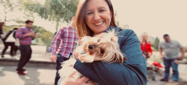 MARÍA JOSÉ CATALÁ SE COMPROMETE A CONSTRUIR UN NUEVO REFUGIO DE ANIMALES Y A QUE SE REMODELE CON URGENCIA EL DE BENIMÀME