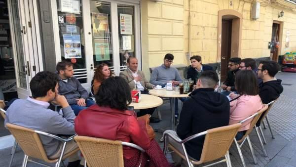 Cádiz.- 26M.- PP propone una tarjeta cultural de 100 euros para jóvenes y ampliar la del transporte hasta los 29 años