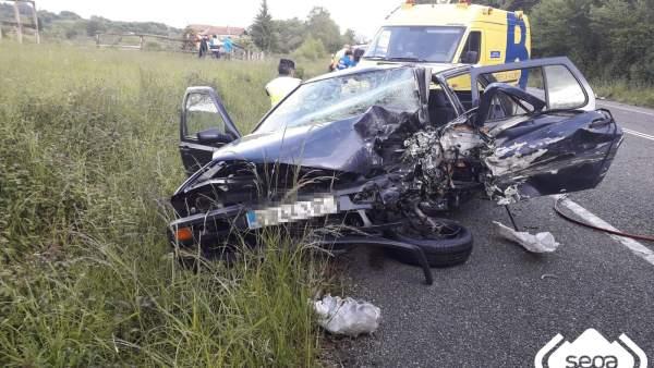 Sucesos.- Un fallecido y dos heridos en un accidente en la N-634 en Nava