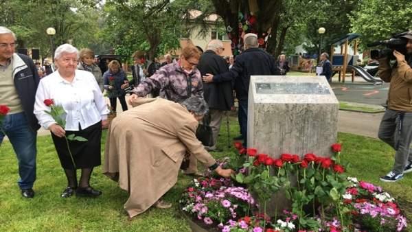 Homenaje a víctimas de la Guerra Civil