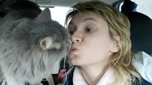 Anna y su gato