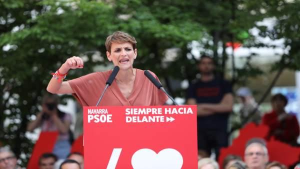 Pedro Sánchez interviene en un acto político del PSOE en Pamplona