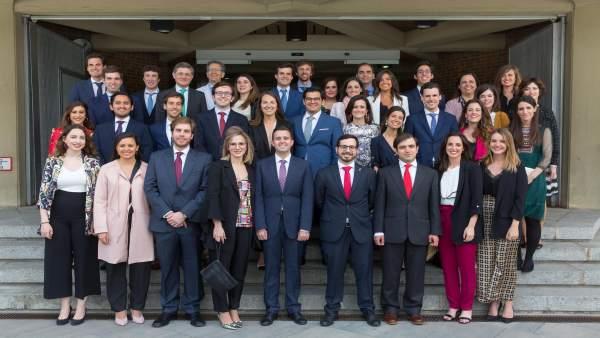 FINDE Un total de 35 médicos residentes finalizan su especialización en la Clínica Universidad de Navarra