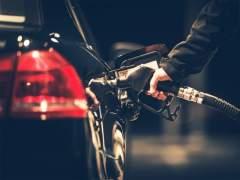 ¿Cómo ahorrar en combustible? 10 trucos para una conducción eficiente