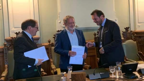 Saravia y Puente sacan adelante su PGOU para el 'cambio de modelo' pese a los votos en contra de PP, Cs y el no adscrito