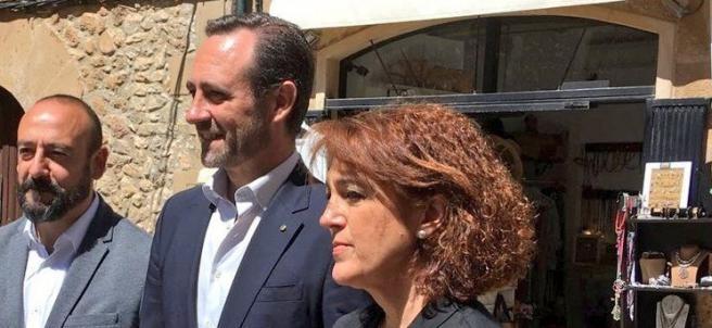 Rodríguez y Bauzá, haciendo campaña por Cs antes de las europeas.