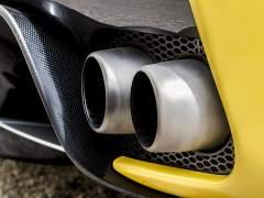 Emisiones CO2 de los coches: ¿cuál es la solución para reducirlas?