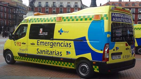 Sucesos.- Dos heridos al volcar un turismo en Herrera de Pisuerga (Palencia)