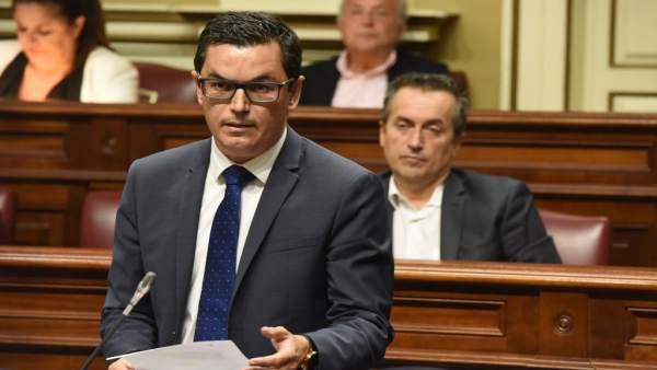 Pleno.- La Estrategia Canaria por la Movilidad Sostenible inicia un proceso de participación ciudadana