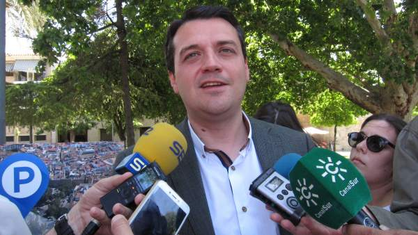 Córdoba.- 26M.- Bellido (PP) cree que Ambrosio (PSOE) debe estar presentando proyectos antes que 'entrar en polémicas'