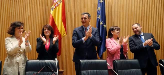 El presidente en funciones del Gobierno, Pedro Sánchez, durante la reunión del Grupo Parlamentario Parlamentario Socialista en el Congreso