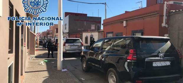 Cádiz.-Sucesos.- Más de 170 agentes realizan más de un docena de registros en una operación antidroga en La Línea