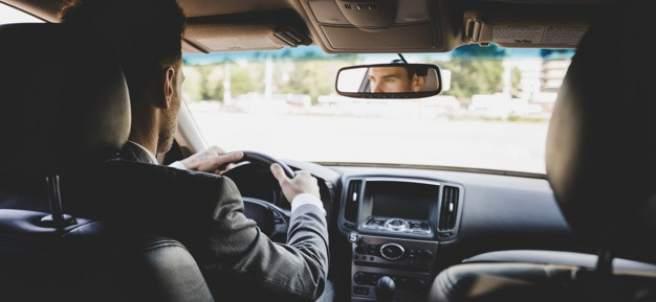 Conducción defensiva: qué es y cómo llevarla a cabo