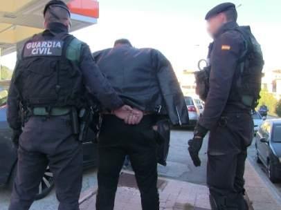 Uno de los detenidos que formaba parte de la red de explotación de mujeres que operaba en La Junquera.