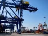 Contenedores en el puerto de Valencia
