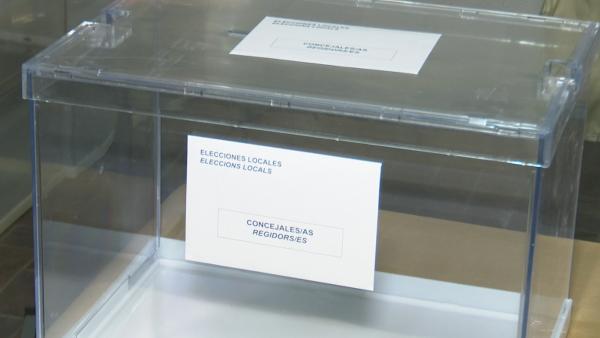 Urna para las elecciones municipales.