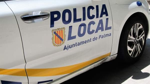 Sucesos.- Detenidos cuatro vendedores ambulantes por agredir a policías locales de Palma
