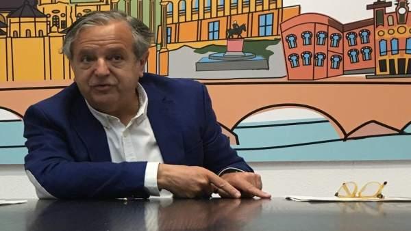 Córdoba.- 26M.- El PP asegura que garantizará la climatización de 19 colegios pendientes de más de 900.000 euros