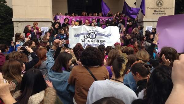 L'Assemblea Feminista de València denuncia haver rebut multes per 5.000 euros per participar en el 8M
