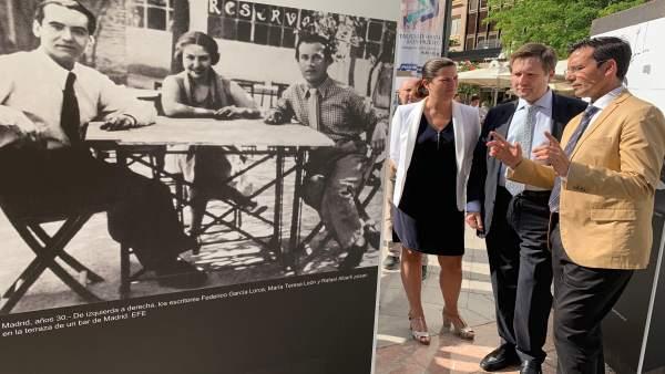 Granada.- La Fuente de las Batallas acoge una exposición con fotografías históricas de Federico García Lorca