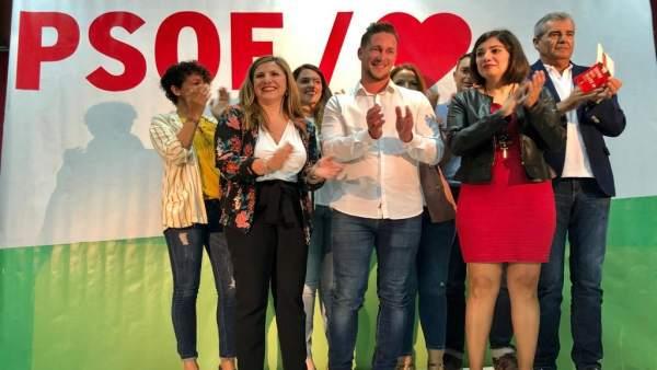 Cádiz.- 26M.- PSOE presenta a Alejandro Pelayo para hacer de Zahara de los Atunes 'referencia de belleza y prosperidad'